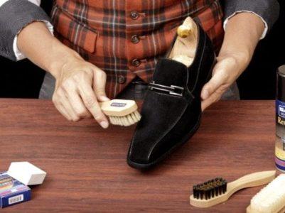 Удаление пятен с обуви