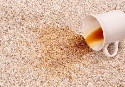 Как вывести пятно от чая с белых вещей, цветной ткани